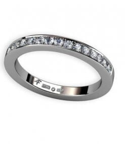 2,4 mm alliansring med fadeninfattade diamanter