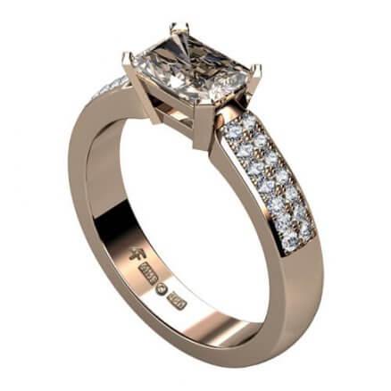 rökfärgad diamantring