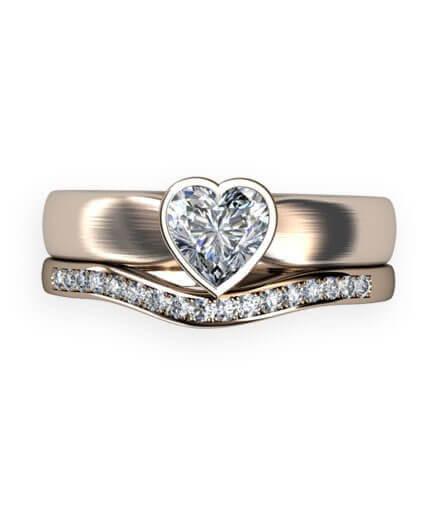 hjärtslipad diamantring samt alliansring