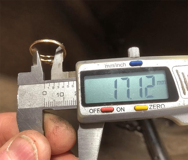 mäta storlek på diamantring med skjutmått