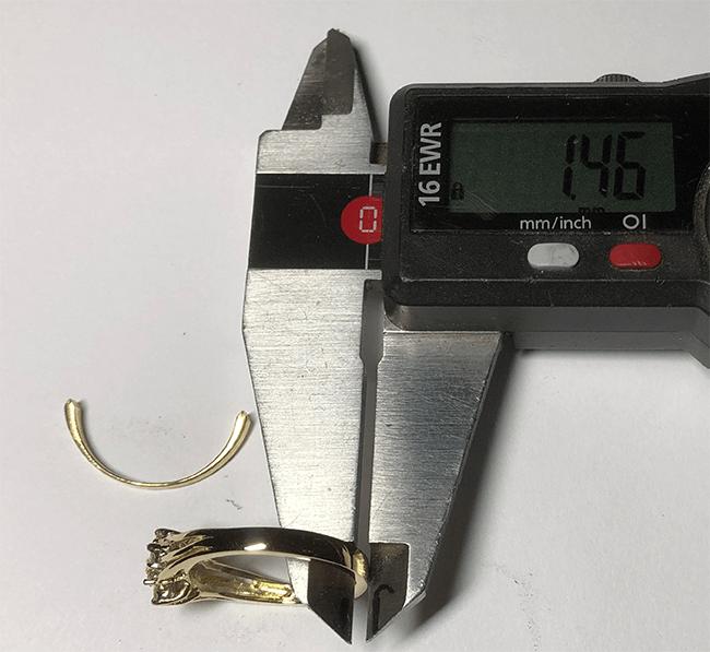 ringskenan på guldring har gjorts tjockare