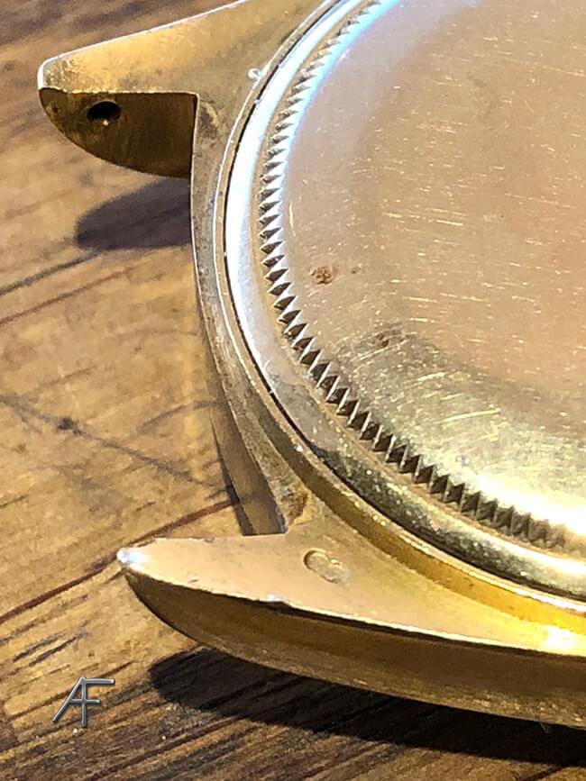 lasersvetsning av märken på guldrolex