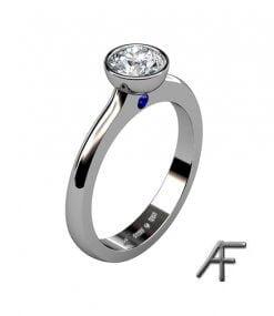 solitärring med diamant